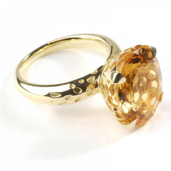18ct Gold and Citrine Oval Cocktail Ring