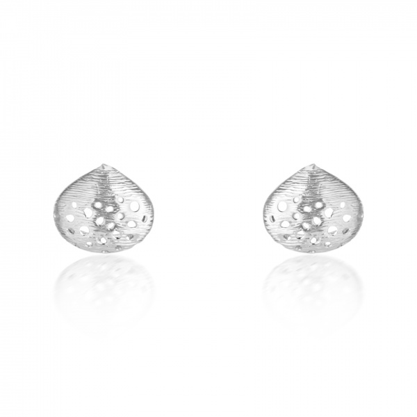 Cala Shell Stud Earrings