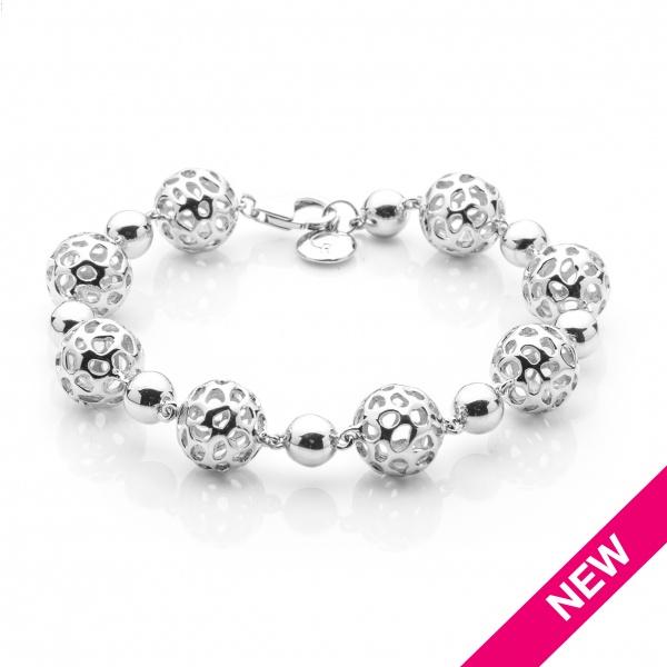 Globe Alternate Bead Bracelet