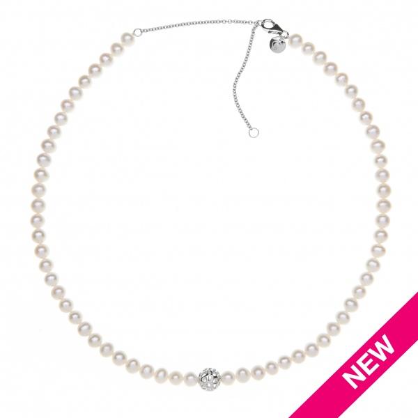 Pearl Globe Necklace White