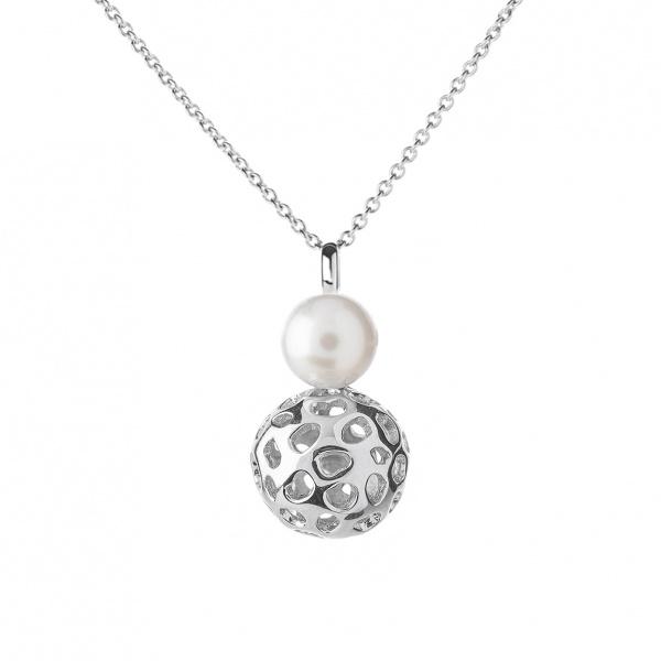 Globe Pearl Pendant 20