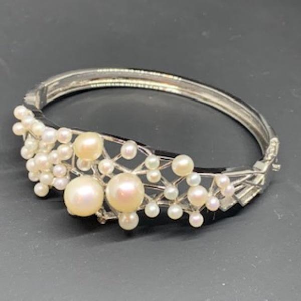 Pearl Angled Cuff