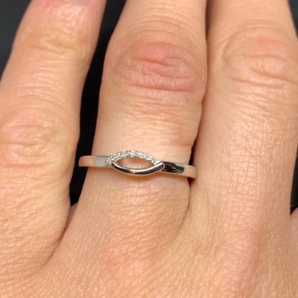 Molto Diamond Link Ring