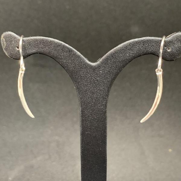 Molto Single Spike Open Hook Earring