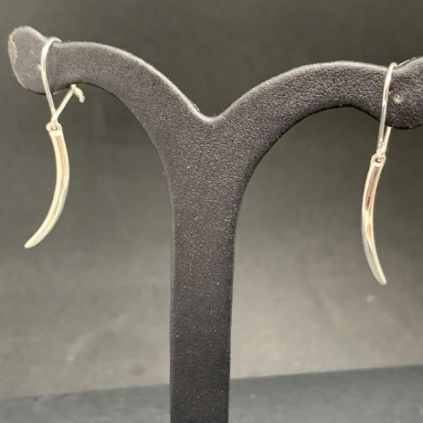 Molto Single Spike Hook Earring