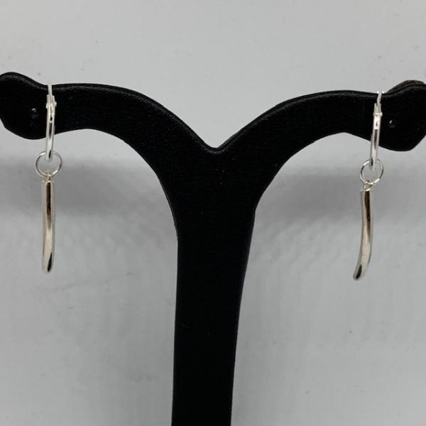 Molto Single Strand Hoop Earring 3.5cm Drop