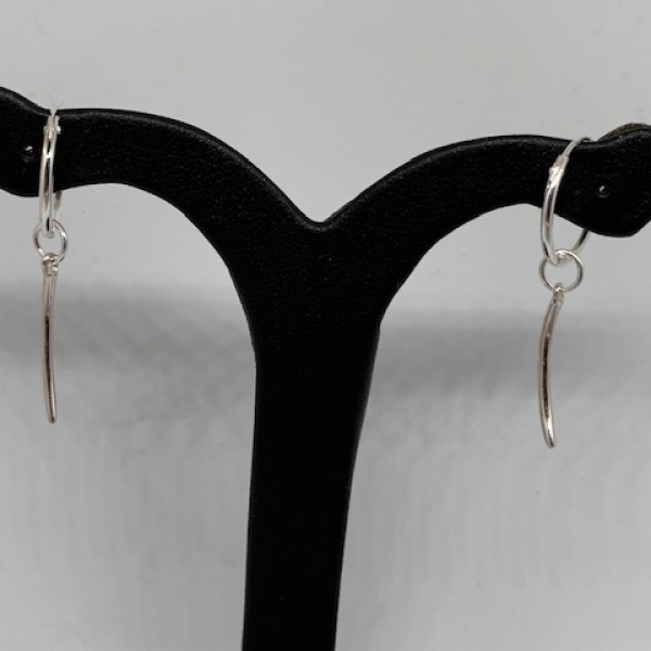 Molto Single Slim Strand Hoop Earring 3.5cm Drop