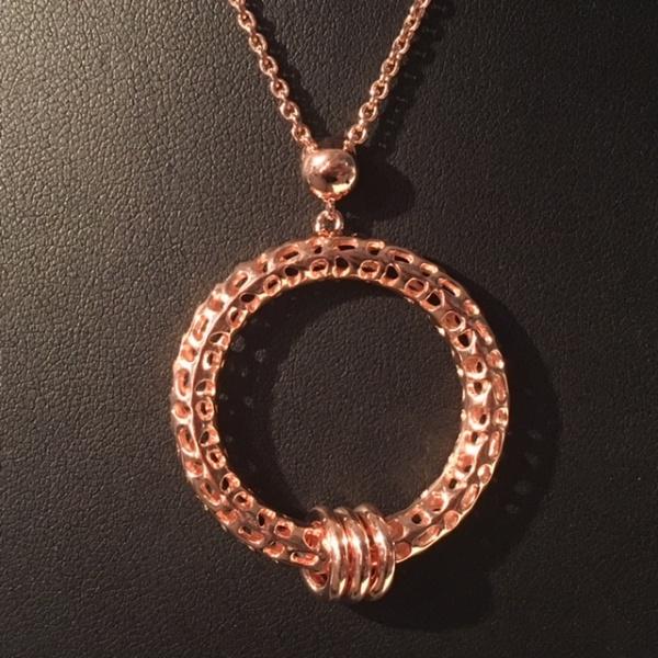 ONE OFF - Rose lattice circle pendant
