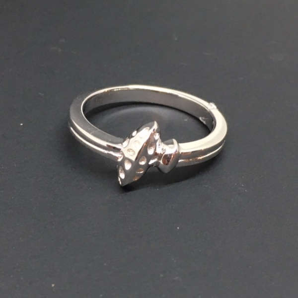 ONE OFF - Double leaf ring