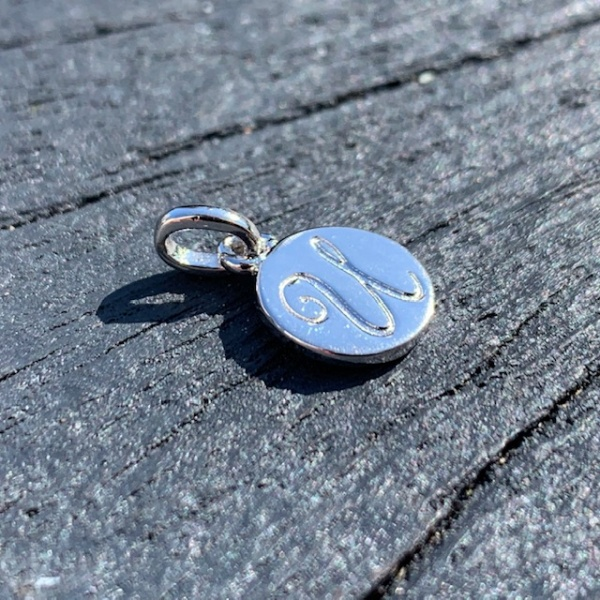 Disc Letter Charms U