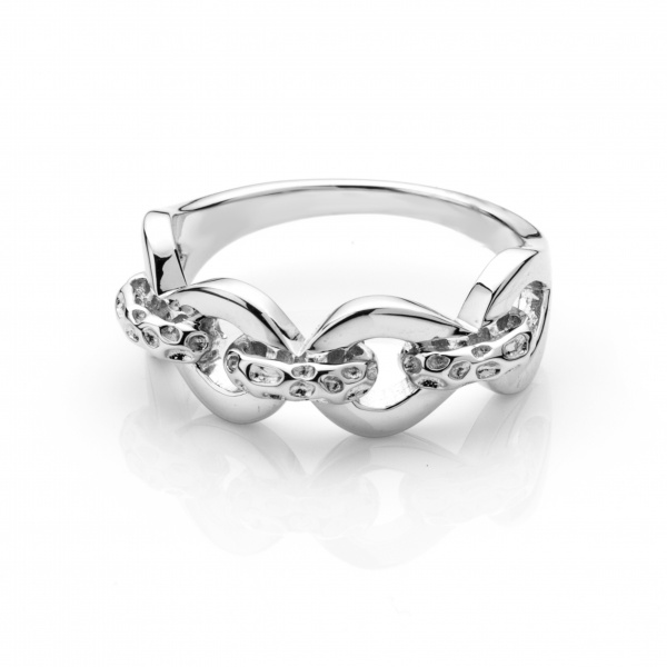 Love Link Ring Size P