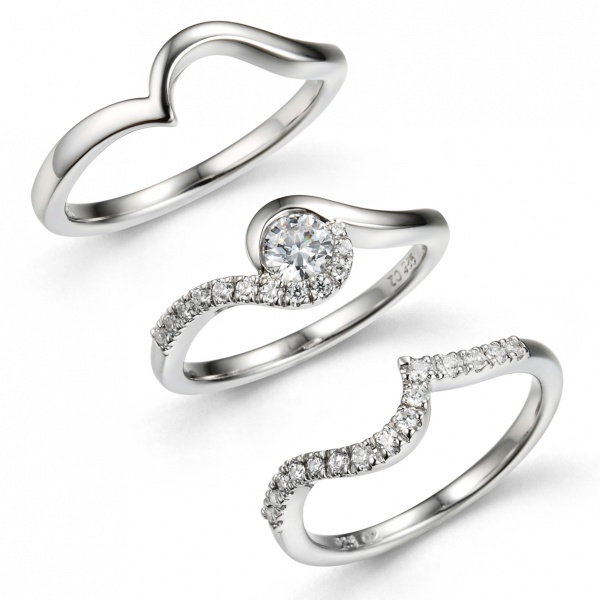 Snowdrop Arc Trilogy Ring Set