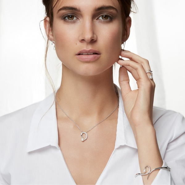 Snowdrop Pearl Earrings Silver