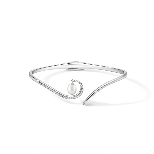 Snowdrop Pearl Bangle Silver