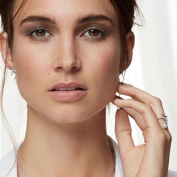 Snowdrop Black Pearl Earrings